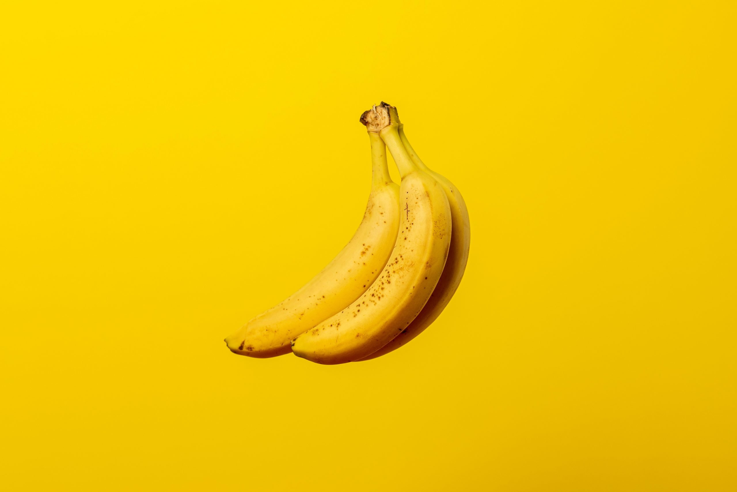 how much dna do we share with bananas